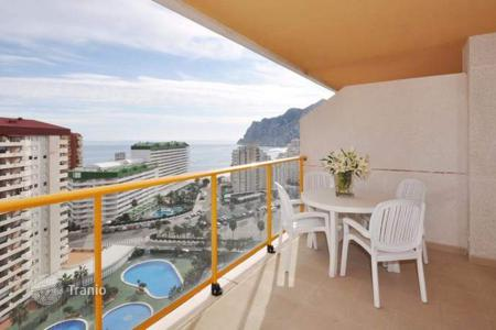 1 bedroom apartments by the sea for sale in Costa Blanca. 1 and 2 bedroom apartments in complex with sea views, furnished and with parking in Calpe
