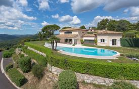 Luxury houses with pools for sale in Peymeinade. Cannes backcountry — Architect's villa with view