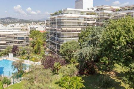Apartments to rent in Antibes. Apartment – Antibes, Côte d'Azur (French Riviera), France