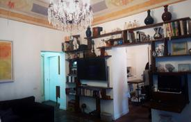 Three-room apartment with a balcony in a quiet area of the city, Catania, Italy for 250,000 €