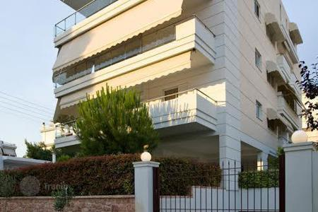 Apartments for sale in Attica. Duplex apartment with a plot in the southern district of Athens