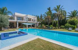 Luxury property for sale in Costa del Sol. Superb Modern Villa, Parcelas del Golf, Nueva Andalucía (Marbella)