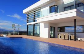Luxury residential for sale in Moraira. New two-storey villa with a large terrace and a swimming pool in a guarded residence, Moraira, Spain
