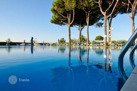 Property for sale in Veneto. Hotel - Lido di Jesolo, Veneto, Italy