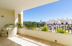 Apartments with pools for sale in Finestrat. Two-bedroom apartment in a new residential complex overlooking the sea in Finestrat, Alicante, Spain