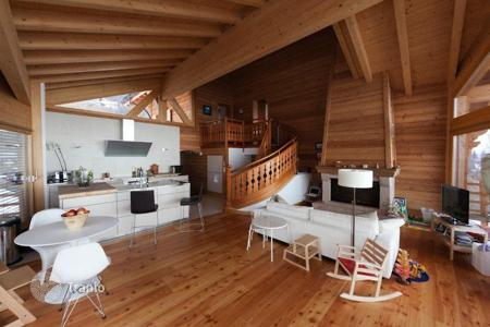 Luxury 5 bedroom houses for sale in Central Europe. Superb chalet in the ski resort of Nendaz, Switzerland