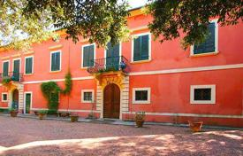 Luxury houses for sale overseas. Restored 17th century manor house with a large plot of land near Pisa, Tuscany, Italy