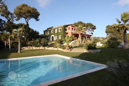 Luxury property for sale in Castell Platja d'Aro. Villa - Castell Platja d'Aro, Catalonia, Spain