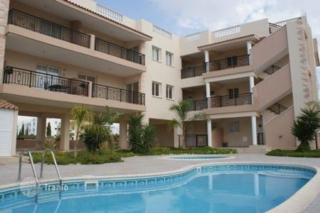 Apartments with pools by the sea for sale in Paphos. Bellona roof gardens in an exclusive delopment in the most sought after area of Paphos