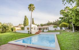 Property for sale in Galicia. Fabulous Villa in El Padron, New Golden Mile, Estepona