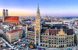 Luxury 2 bedroom apartments for sale in Germany. Two-bedroom apartment in an old building in the heart of Munich