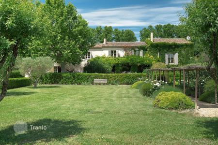 Luxury property for sale in Bouches-du-Rhône. Saint-Rémy de Provence — Wonderful property