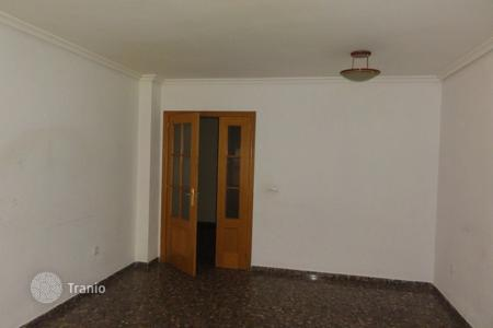 Cheap property for sale in Llíria. Apartment – Llíria, Valencia, Spain