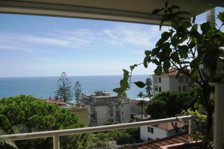 3 bedroom apartments for sale in Italy. Apartment – Sanremo, Liguria, Italy