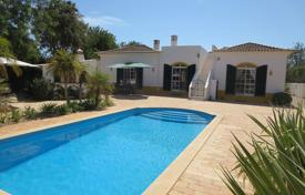 3 bedroom houses for sale in Tavira. Villa – Tavira, Faro, Portugal