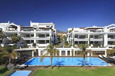 Luxury 4 bedroom apartments for sale in Costa del Sol. 4 bed ground floor apartment
