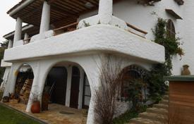 Residential for sale in Abruzzo. Portion of a villa with fantastic sea view in Montesilvano, Abruzzo, Itlay