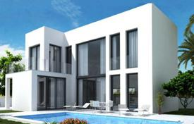Houses with pools for sale in La Marina. Villas with terraces and swimmind pools in a new development, La Marina, Spain