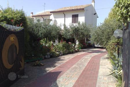 Residential for sale in Abruzzo. Property in Torrevecchia Teatina, Chieti