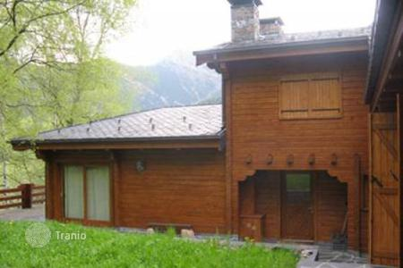 Luxury houses for sale in Pal. Villa - Pal, La Massana, Andorra