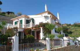 Houses with pools for sale in Faro. 3 + 1 Bedroom Elevated Country Villa with Pool and Partial Sea Views, Tavira