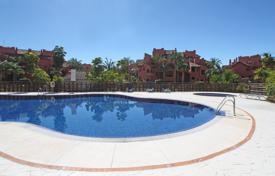 3 bedroom apartments for sale in Estepona. Apartment for sale in Las Nayades, Estepona