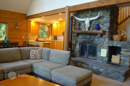 Townhouses to rent in USA. Terraced house – Maple Falls, Washington, USA