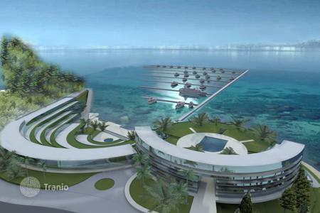 Commercial property for sale in Tivat. Five-star hotel with marina investment project in Tivat