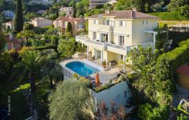 Villas and houses to rent in Le Cannet. Spacious villa, Cannes