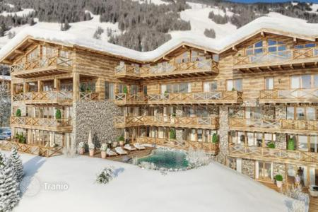 New home from developers for sale overseas. Holiday apartment in a five-star complex in the immediate vicinity of ski slopes in Saalbach (Salzburg region)