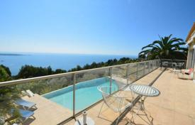 Luxury 5 bedroom houses for sale in Cannes. Contemporary villa — Panoramic sea views