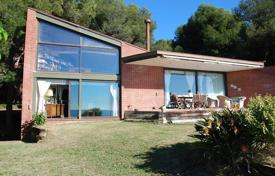 4 bedroom villas and houses to rent in Costa Dorada. Villa – Tamarit, Catalonia, Spain