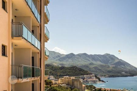 1 bedroom apartments for sale in Becici. Excellent apartment with stunning sea view in Becici