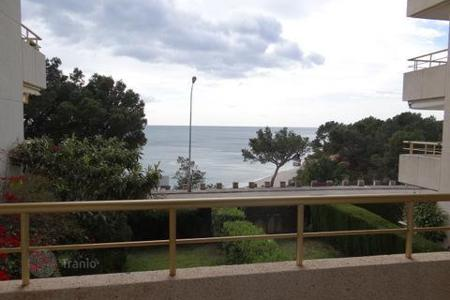 Cheap residential for sale in Costa Dorada. Apartment – Miami Platja, Catalonia, Spain