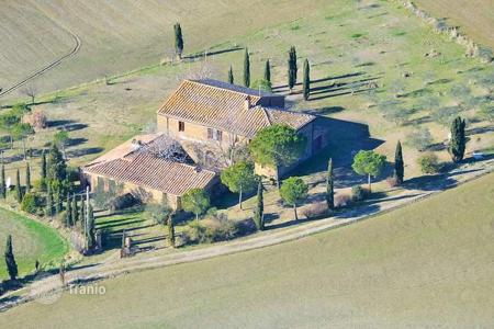 3 bedroom houses for sale in Pienza. Villa - Pienza, Tuscany, Italy