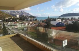 4 bedroom apartments for sale in Budva. Luxury spacious apartment with sea view