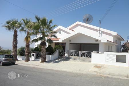 6 bedroom houses by the sea for sale in Limassol (city). Six Bedroom Detached House SPECIAL OFFER!