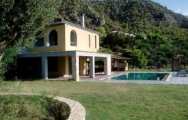 Residential for sale in Kineta. Detached house close to the beach, Kineta, Greece. Large plot, swimming pool, garden with a barbecue area, parking