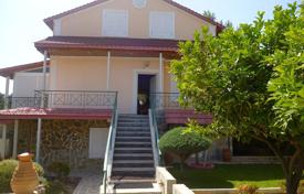 5 bedroom houses by the sea for sale in Peloponnese. Villa with an independent apartment, a garden and a garage, at 350 meters from the sea, Corinth, Greece