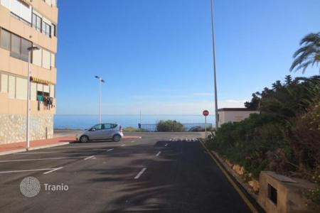 Coastal property for sale in Valencia. Furnished apartment with balcony, in 50 meters from the sea, in Torrevieja, Alicante, Spain