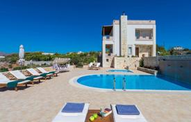Villas and houses for rent with swimming pools in Crete. Villa – Chania (city), Chania, Crete, Greece