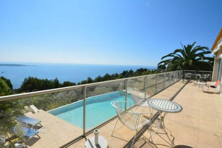Houses for sale in Cannes. Contemporary villa — Panoramic sea views