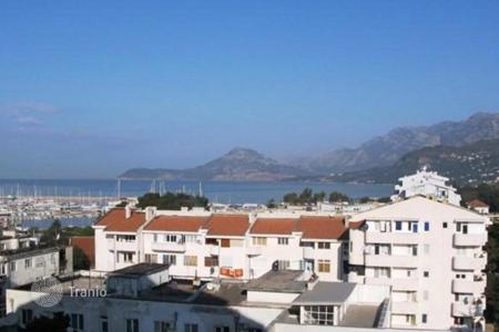 2 bedroom apartments for sale in Bar. Apartment in Bar with stunning views of the sea and mountains, 100 meters from the beach and Old Town
