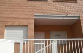 Bank repossessions property in Guardamar de la Safor. Villa – Guardamar de la Safor, Valencia, Spain