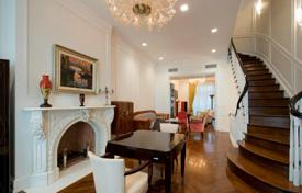 Luxury property for sale in North America. Excellent townhouse on the Upper East Side, New York