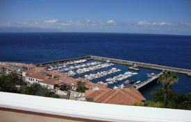 Residential for sale in Tamaimo. Luxury fully furnished penthouse in Los Gigantes