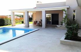 5 bedroom houses by the sea for sale in Croatia. Villa – Banjole, Istria County, Croatia