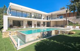 Residential for sale in Le Cannet. Fantastic contemporary villa Cannes