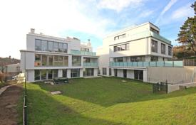 Luxury apartments for sale in Döbling. Two-bedroom apartment with a large garden in a new building, Grinzing area, Vienna