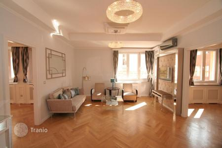 Commercial property for sale in Budapest. Upscale apartment in prestigious area of Budapest. Yield of 10–12%